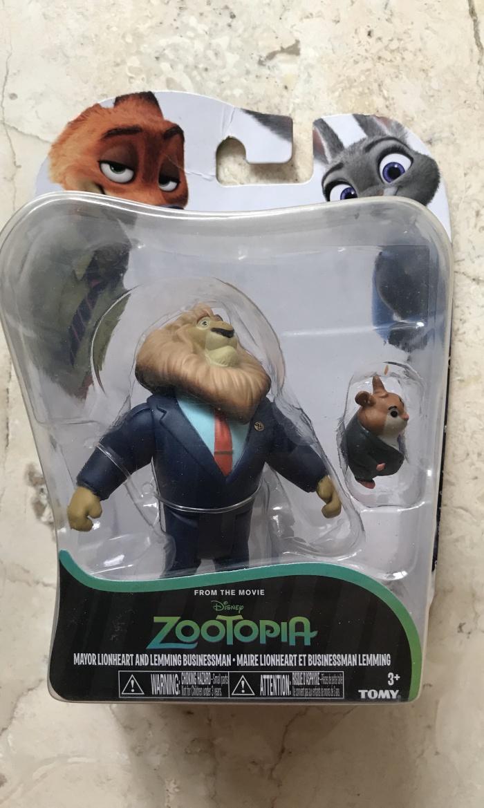 Jual Disney Zootopia Mayor Lionheart And Lemming Businessman Takara Tomy Jakarta Pusat Rlsdn