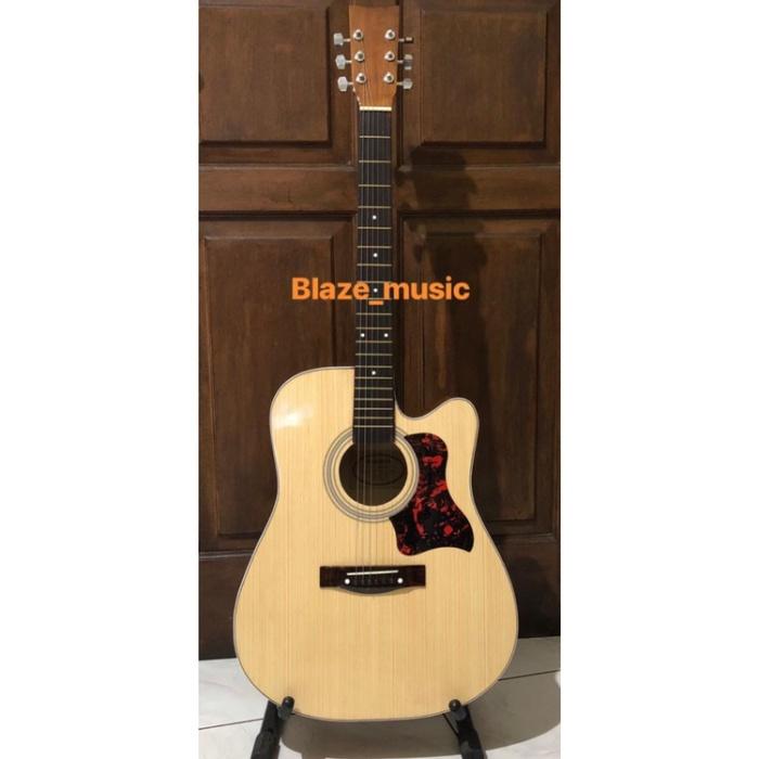 Foto Produk Gitar Yamaha Asscar Jumbo F500 paket lengkap dari Blaze Music