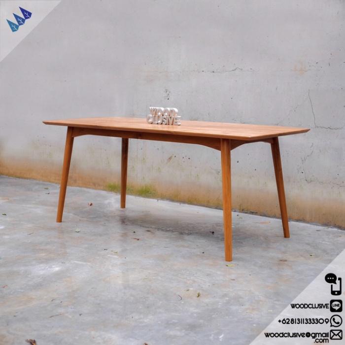 Jual Meja Makan Dining Table Curve Mid Century Kayu Jati Kab Jepara Woodclusive Furniture Tokopedia