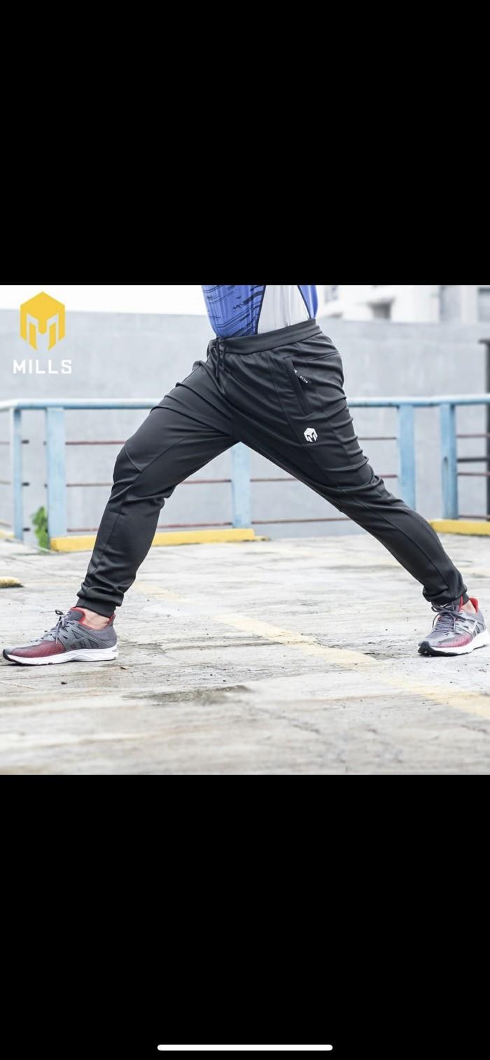 Foto Produk Celana olahraga MILLS Original Core Long Pants Black new 2020 dari Kicosport