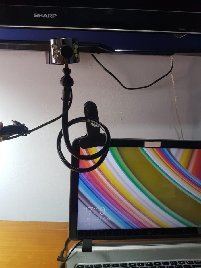 Foto Produk Webcam 1.3 mpx for laptop and Pc plug and play dari Ncjaya