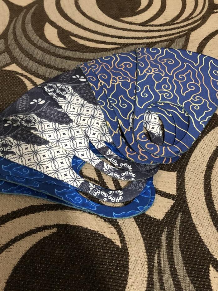 Foto Produk Masker Korea Motif / Scuba 280 300 TEBAL Premium Batik Indonesia dari SuperFlex