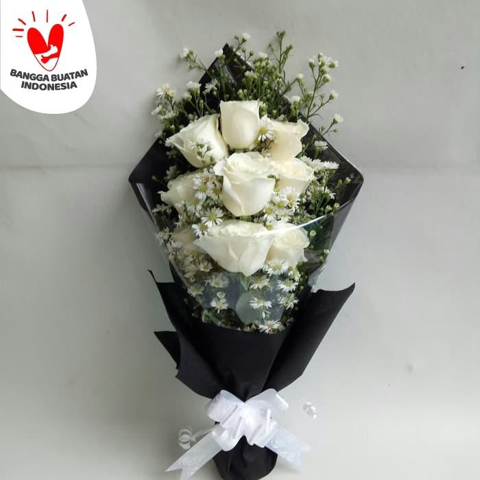 Jual Buket Bunga Segar Bunga Mawar Fresh Buket Wisuda Jakarta Barat Freshcut Flower Tokopedia