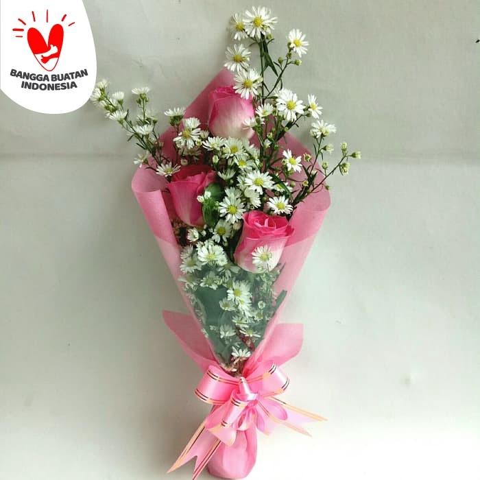 Jual Buket Bunga Wisuda Buket Bunga Hadiah Wisuda Kado Ulang Tahum Jakarta Barat Freshcut Flower Tokopedia