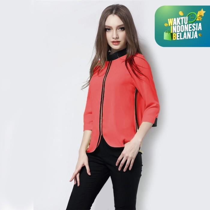 Foto Produk Jfashion Blus Wanita Dewasa Tangan 3/4 Gaya Korea Kombinasi List Hitam - Salem, ML dari j--fashion