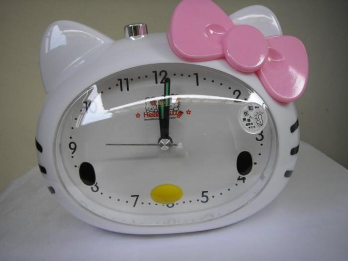 Jual Jam Weker Hello Kitty - Jualandiinternet  02880e47d1