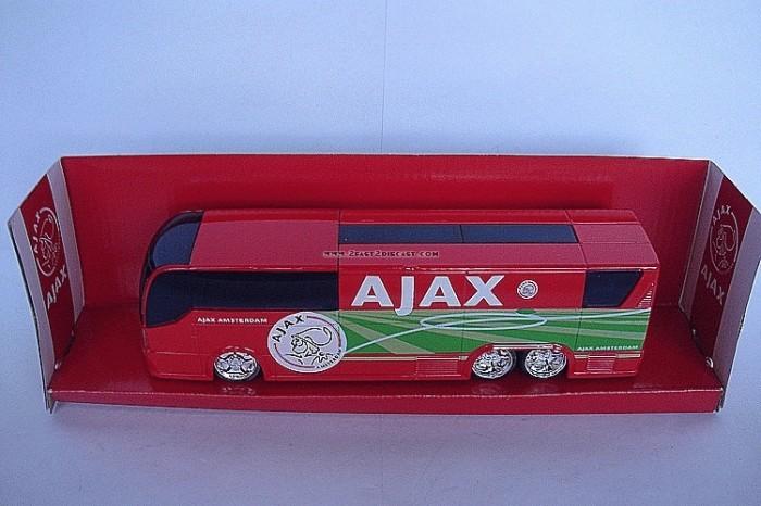 Foto Produk Bus Bola Ajax dari Tunggal Jaya Toys