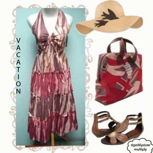 Foto Produk BEACH HALTER DRESS dari Tigerlily Store