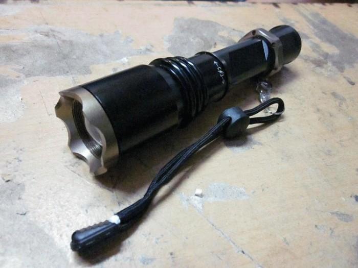 harga Senter police zoom 2000w Tokopedia.com