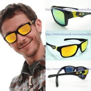 400ea7c223c spain kacamata oakley jupiter square hitam lensa kuning vr46 b3107 840a5