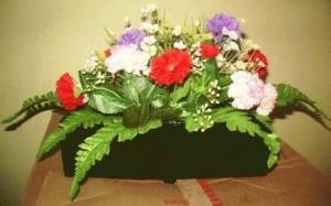 Jual Rangkaian Bunga Di Kotak Panjang Undangnikah Tokopedia