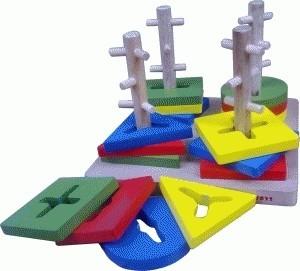 Menara Kunci 4 Tiang~Mainan Kayu~Promo