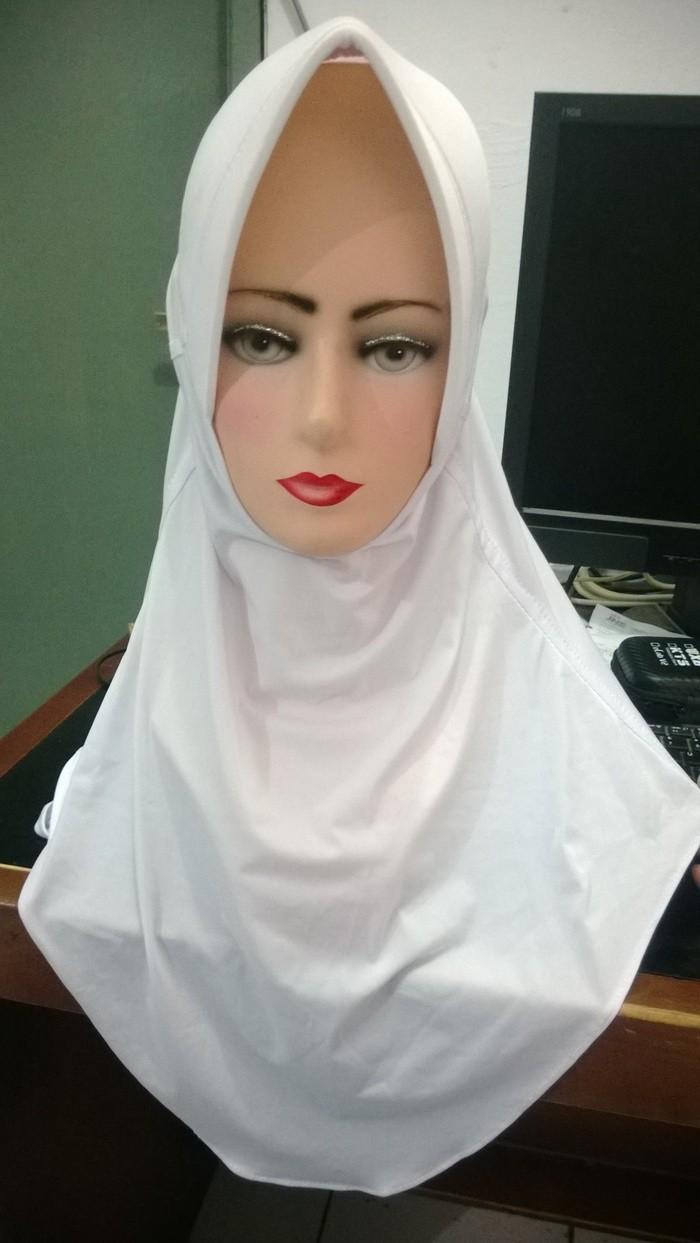 Jual Jilbab Bergo Sekolah Putih Annisa Hijabsyari Tokopedia