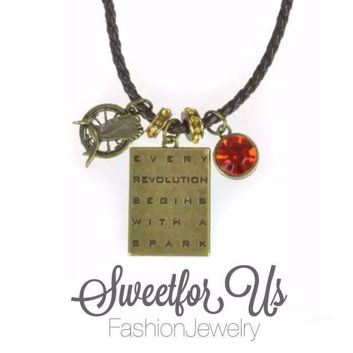 harga The hunger games: catching fire  mockingjay charms cord necklace Tokopedia.com