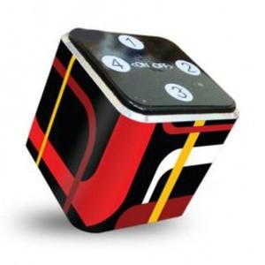 Foto Produk theKube2 Mp3 Player 4Gb Touchpad Color Block Skin Edition dari Stevi Shop