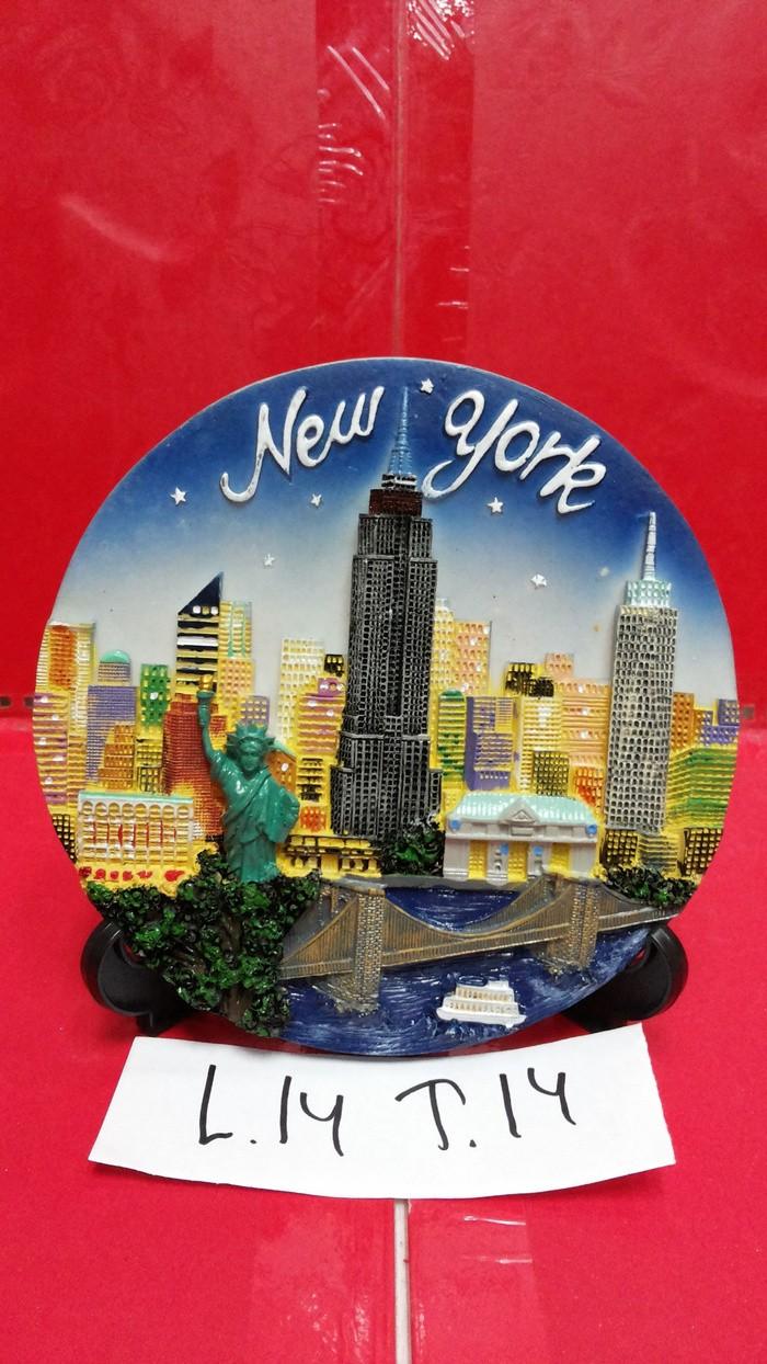Patung pajangan piring negara newyork