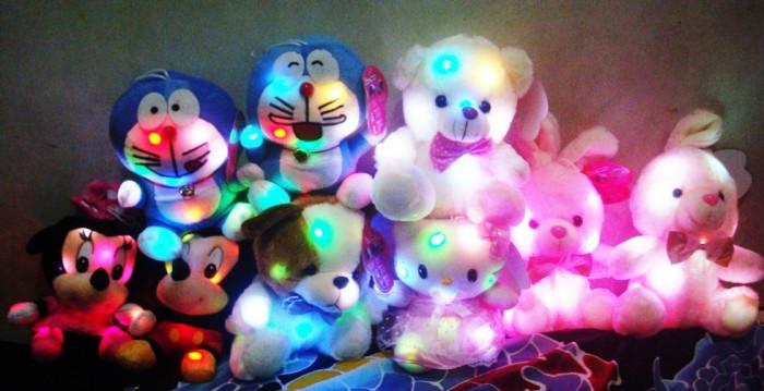 Jual Boneka lampu led 7 warna - KOBUCCAPRODUKUNIKCHINA  6837adde92
