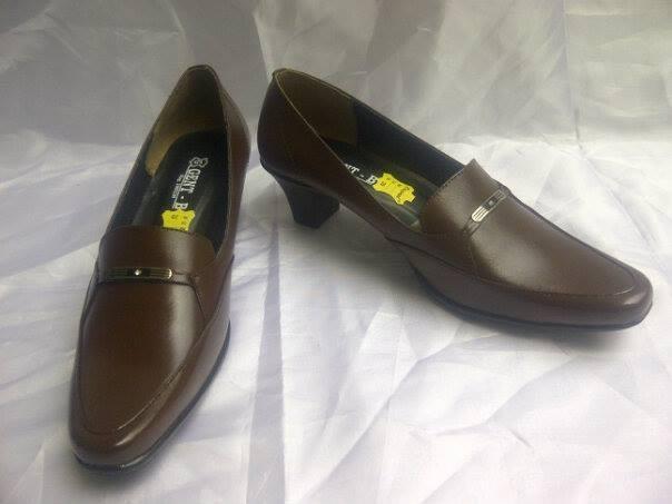 Foto Produk Sepatu Kulit 512 Coklat dari BajuStore