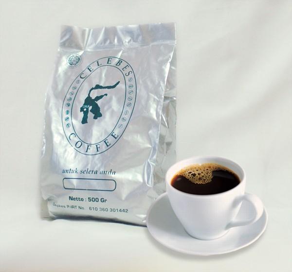 Kopi celebes . traditional genuine coffee . campuran robusta dan arabika . 250 gram bubuk . tubruk
