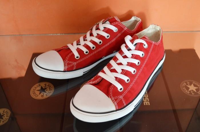 93b8d05f332 Jual Sepatu Converse ALL STAR Low Merah Slim - Uneedsport
