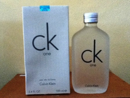 Jual CK ONE ~ CALVIN KLEIN ~ PARFUM KW ~ REPLIKA - Cosme Beauty ... 2437e53ea7