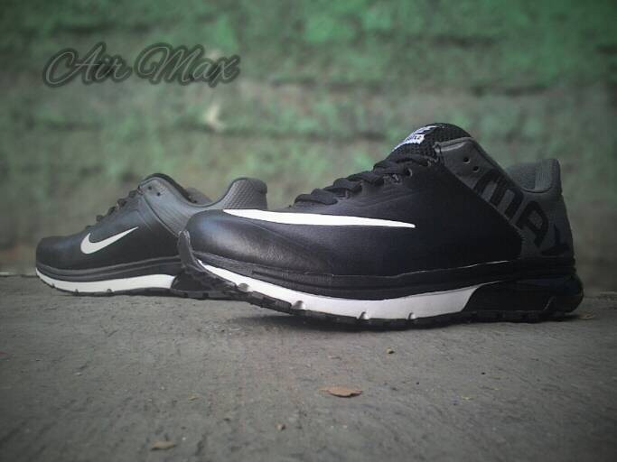 low priced 44d98 aff24 Nike Air Max Excellerate 2 ...