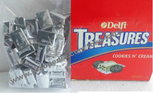 Coklat delfi kiloan treasures white & cookies (500gr / isi 48pcs)