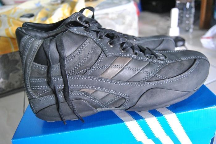 Jual Sepatu Geox Respira Original High Hitam Nomor 43 dan 44 Murah ... 50827ce748
