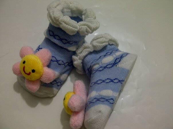 Amart 1 Pasang Sepatu Bayi Balita Bentuk Kaus Kaki Antislip Biru Source · Pengiriman Gratis 1