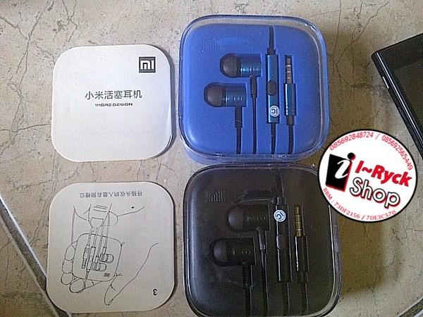 harga Headset handsfree xiaomi stainless emblem new warna hitam dan biru ori Tokopedia.com