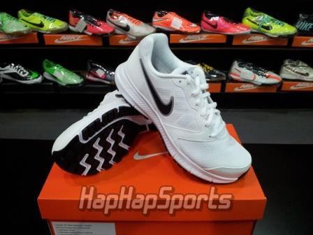 Jual Sepatu Running Nike Downshifter 6 Putih - Hap Hap Sport Shop ... 387e89bf82