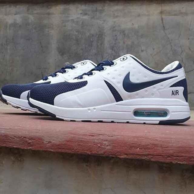 new style 80956 680c2 Nike Air Max Zero Women .