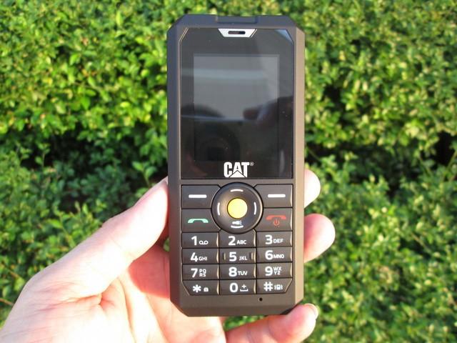 harga Hape outdoor caterpillar cat b30 new rugged phone ip67 certified Tokopedia.com