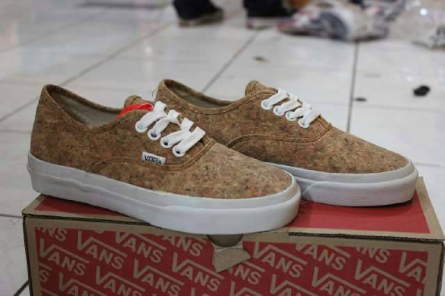 Jual VANS AUTHENTIC CORK - Arananda  7c9d71dc6e54