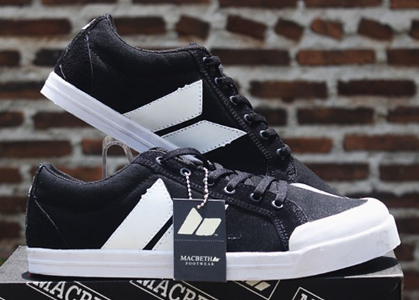 Sepatu Macbeth Hitam Putih(Casual Converse Dc Adidas Nike Running Gym) 0909c848a7