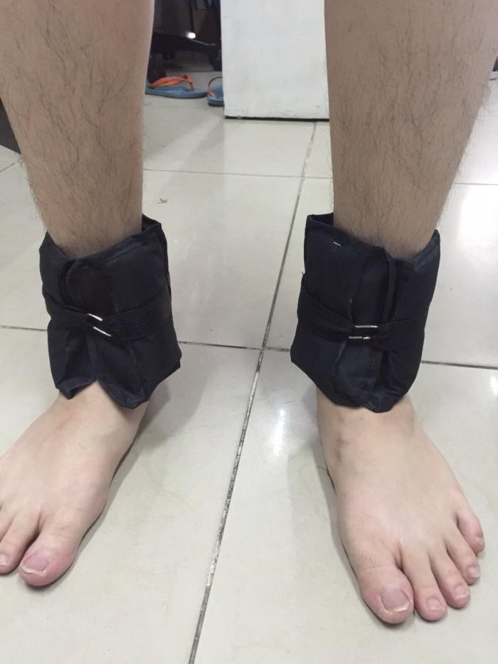 harga Pemberat kaki warna hitam isi pasir @500gram total 1kg Tokopedia.com