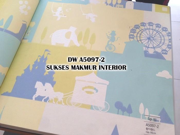 Jual Wallpaper Kamar Anak Kartun Istana Taman Dokar Kuda Biru Kuning