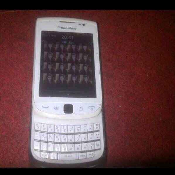 Jual Hp Handphone Blackberry Bb Torch 1 White Mulus Fullset Kota