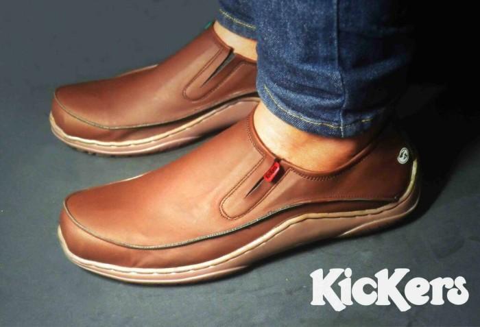 harga Sepatu santai casual formal pria kickers almond grade original Tokopedia.com