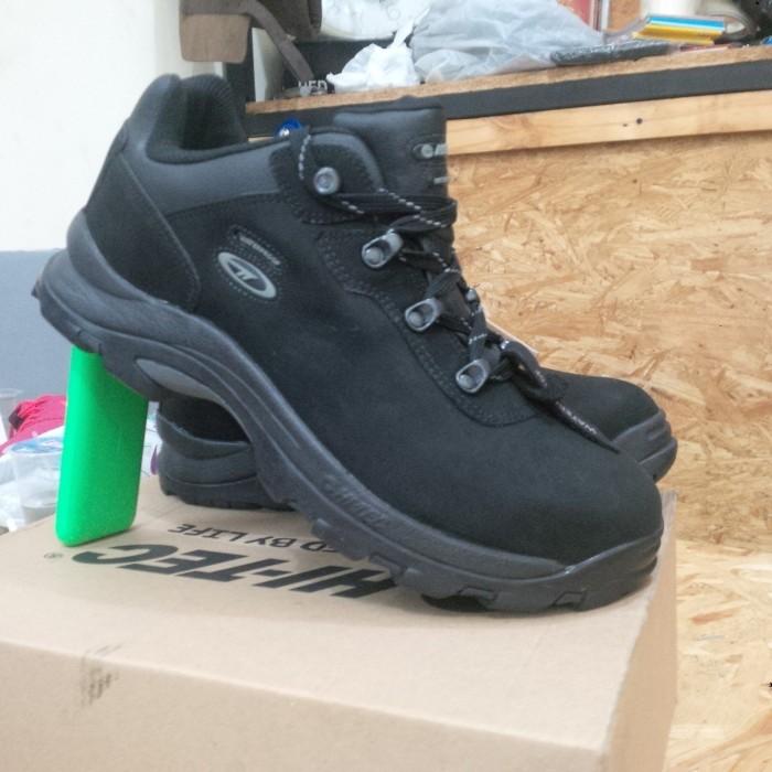 4cb8f2df837 Jual Sepatu HI-TEC ALTITUDE IV LOW WP Original - Kota Bandung -  yudisimamora | Tokopedia