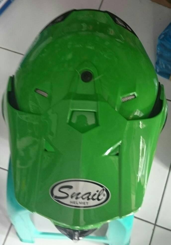 Helm Cross / Helm Snail Hijau 2