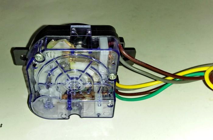 Timer Mesin Cuci Enam Kabel Transparan Hitam Kaki Panjang