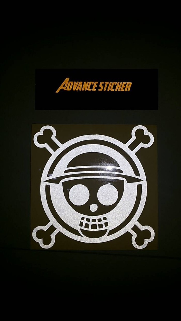 Stiker sticker mobil one piece logo