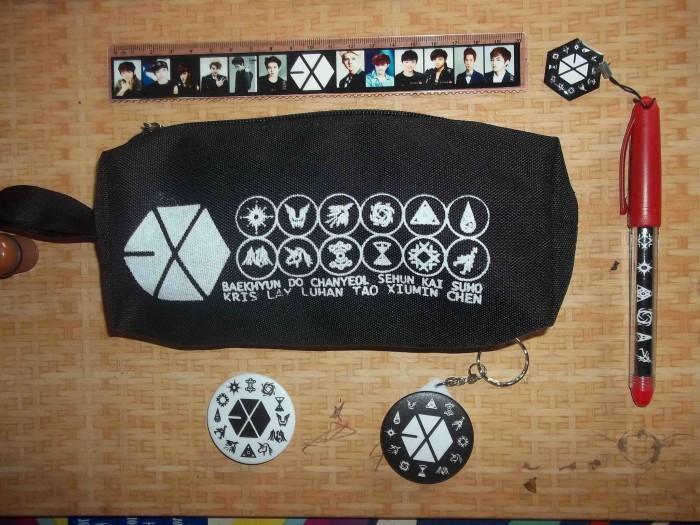 Paket pencase k pop /exo