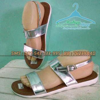harga Sandal sendal santai tali gold / flat shoes casual wedges heels murah Tokopedia.com