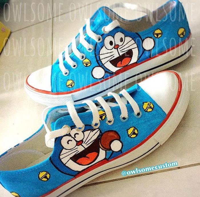 harga Sepatu doraemon sepatu lukis sepatu custom baby sampai dewasa Tokopedia.com