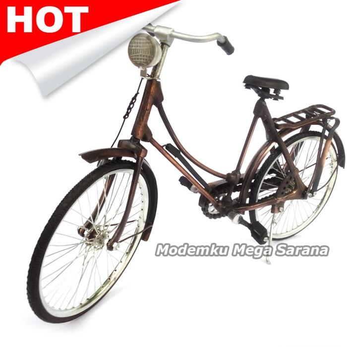 harga Miniatur sepeda ontel wanita / sepeda onthel 40x22x10 cm Tokopedia.com