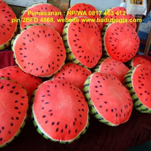 harga Bantal buah semangka 2 sisi 40cm Tokopedia.com