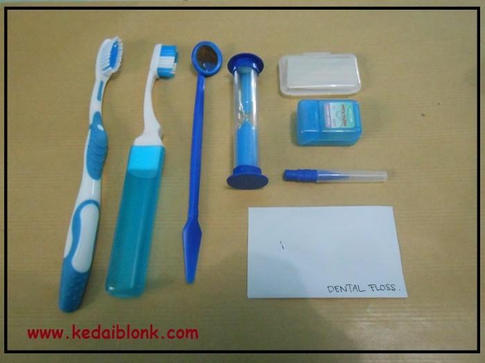 Jual Sikat Travel (Dental Kit ) - Kedai Behel Murah  1f164f1da7