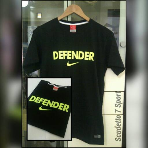 T-Shirt / Kaos NIKE Defender Black list Green light